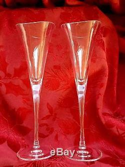 FLAWLESS Exquisite Pair HOYA Crystal DESIRE Clear CHAMPAGNE WINE FLUTES GLASSES