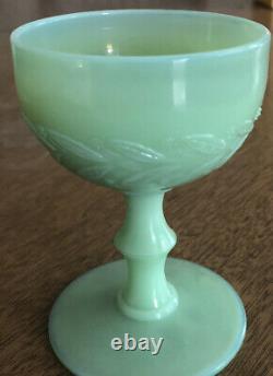 Very rare McKee jadite jadeite laural 3 3/4 wine